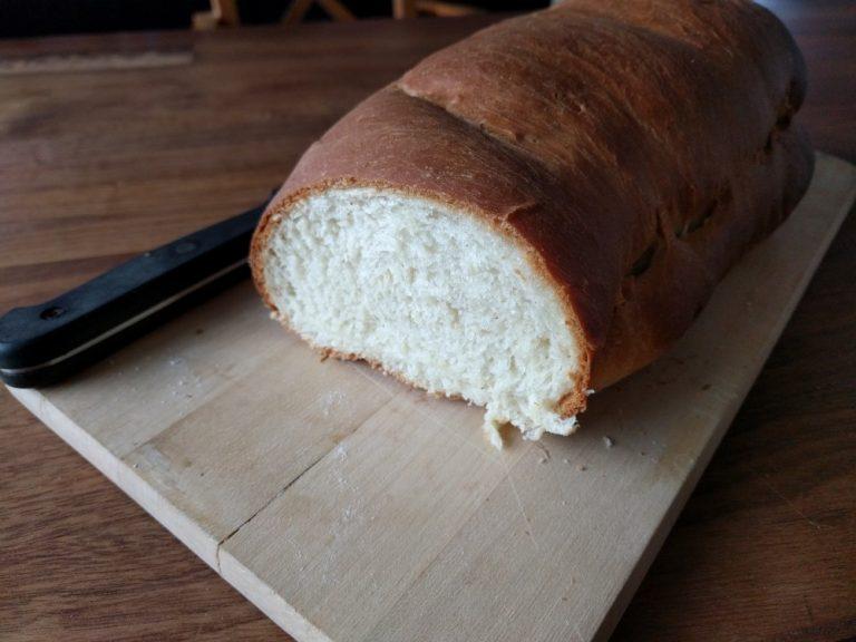 fluffy white bread, typical Dutch recipe