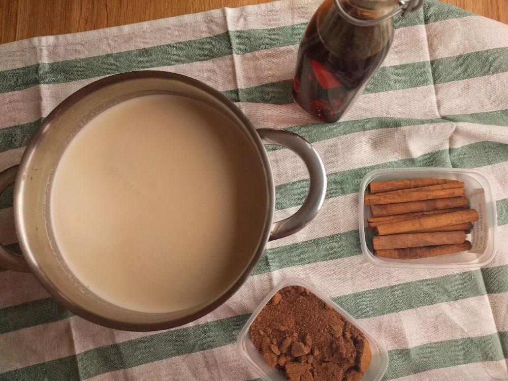making eggnog the ingredients