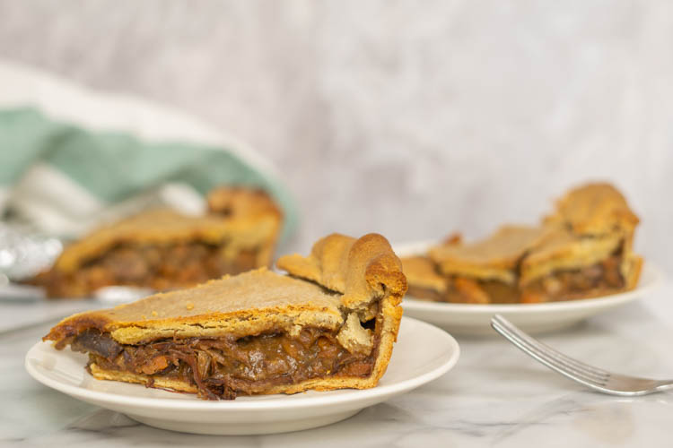 slices of beef pie