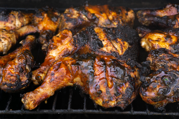 Meat - chicken - barbecue chicken with crispy skin