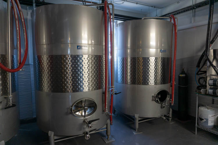 cider fermentation tanks
