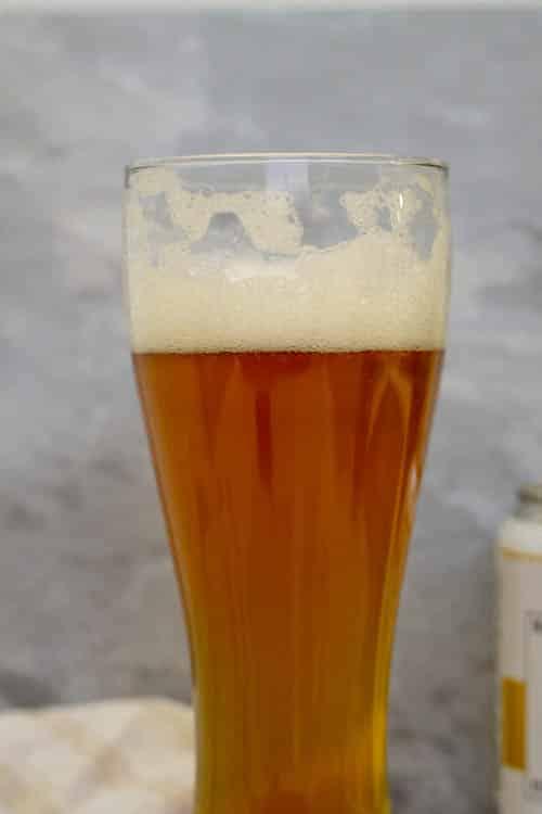 3 min old beer foam