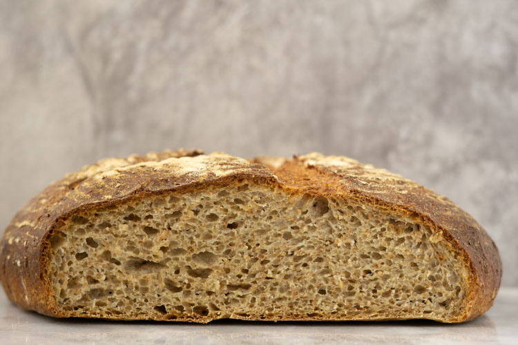 bread cross section without water roux whole wheat